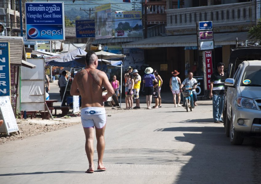 laos-vangvieng-6-aniko-villalba