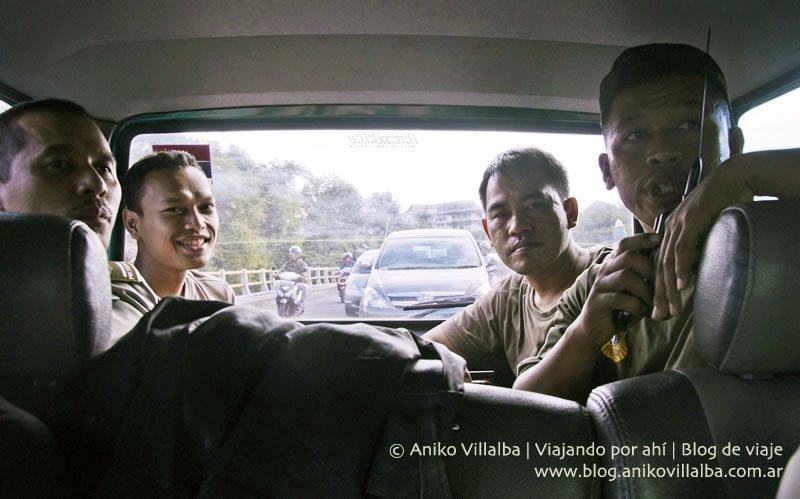 policial-bizarro-07