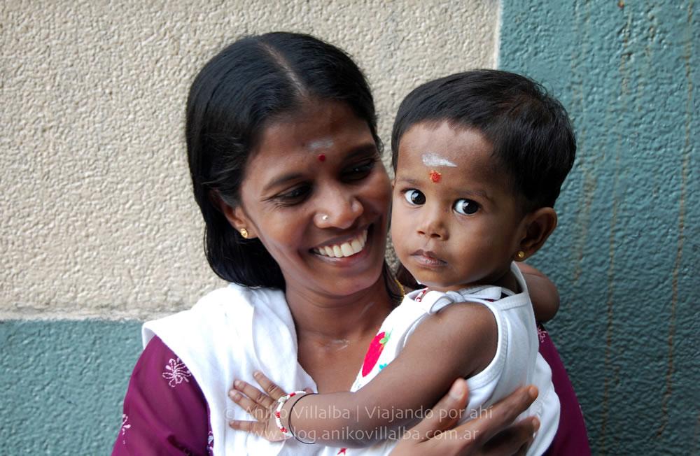 09 Mujer india-malaya con su hija