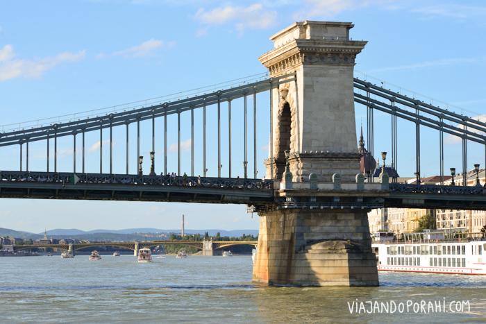 y puentes
