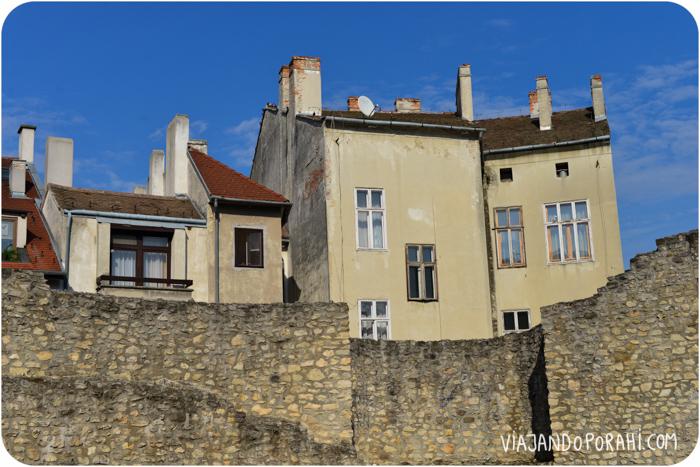 Y Hungría ni hablar. Esta foto me hace pensar en París, creo que por las chimeneas.