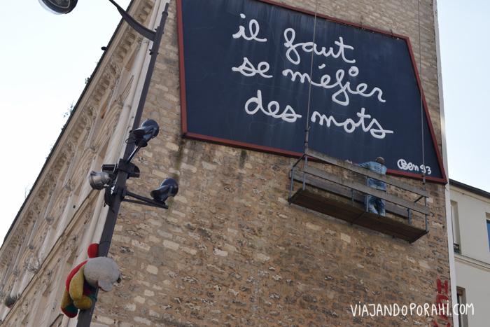 Y carteles en París