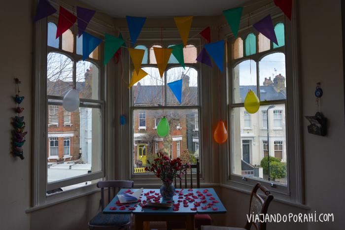 La casa de un amigo en Londres, el lugar perfecto para festejar su cumple.