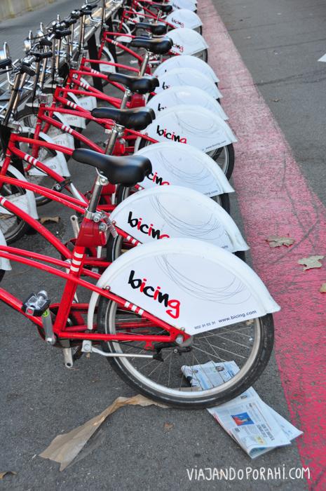 Y hablando de bicis, en la mayoría de las grandes ciudades hay sistemas de alquiler de bicis por hora (aunque para pagarlo necesitan tarjeta de crédito con chip).