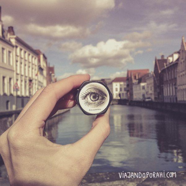 Ojo de Magritte en Bélgica.