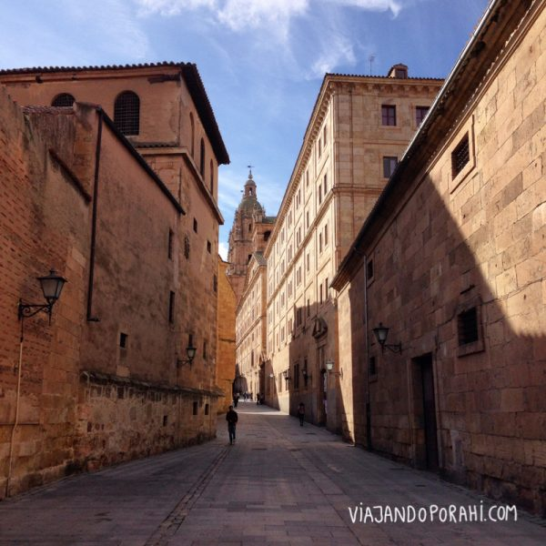 Por las calles de Salamanca, España.