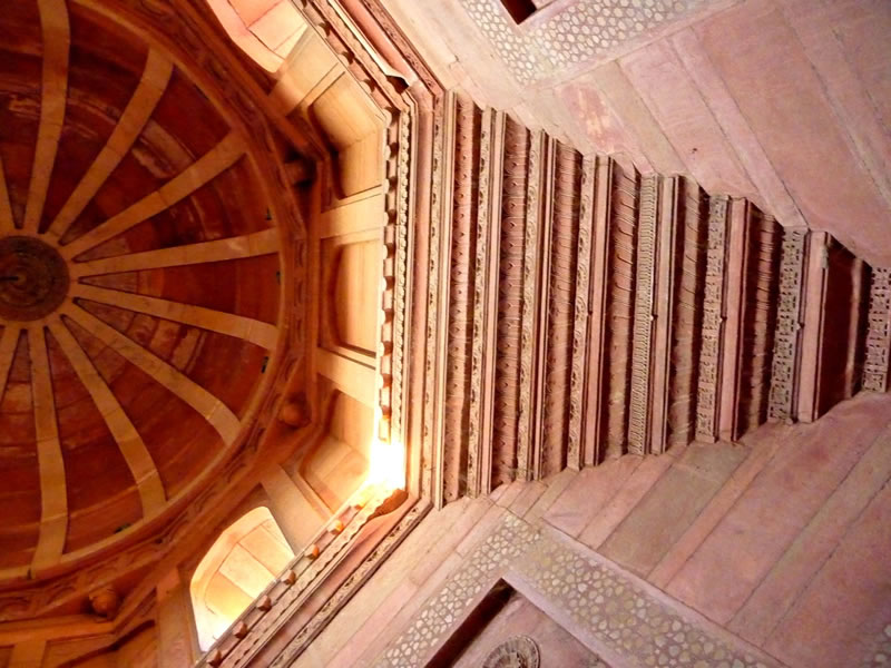 Detalle del interior del templo.