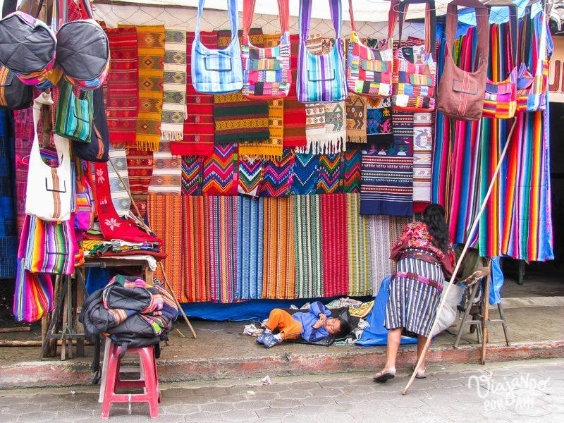 mercado-indigena-chichicastenango-guatemala-10
