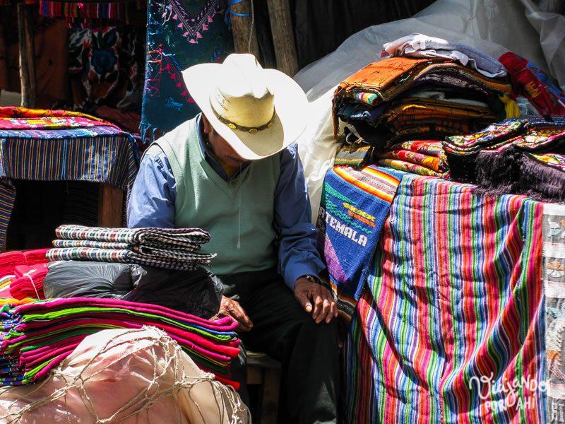 mercado-indigena-chichicastenango-guatemala-18