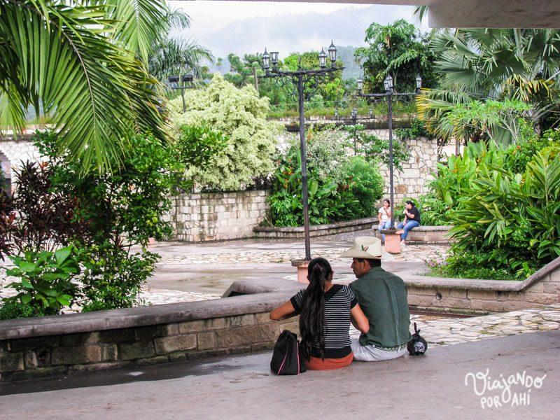 17808e5157b Recuerdos de Centroamérica (4): Honduras, ruinas mayas y agua turquesa