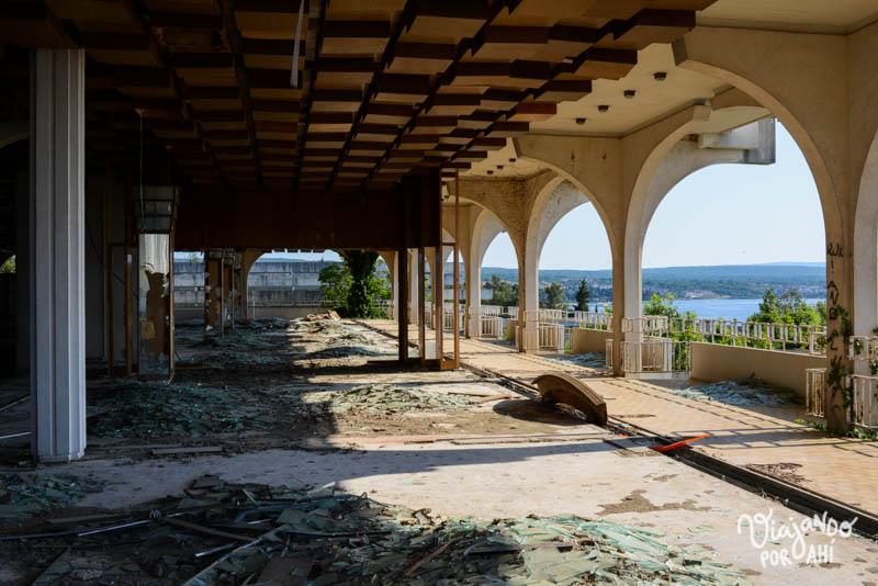 exploracion-urbana-lugares-abandonados-serbia-croacia-22