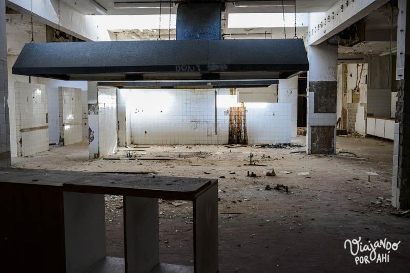 exploracion-urbana-lugares-abandonados-serbia-croacia-39