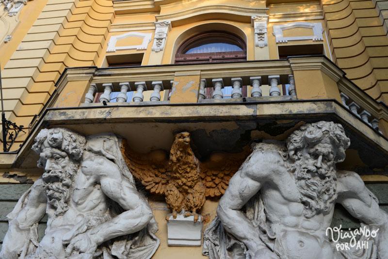 Últimas imágenes de Subotica, sacadas mientras caminábamos con la señora