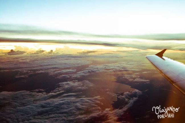 miedo-a-volar-avion-viajando-por-ahi-2