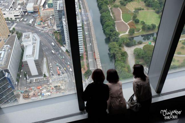 Y podés mirar la ciudad desde el piso 46.
